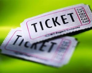 Как вернуть билеты на концерт, в кино или театр: знай свои права