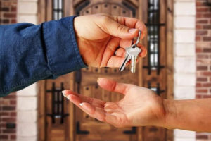 Работать не только за деньги - как получить служебное жилье