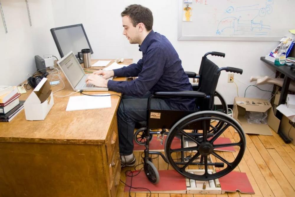 Трудоустройство инвалидов на контроле областной власти | Котлас Инфо ...