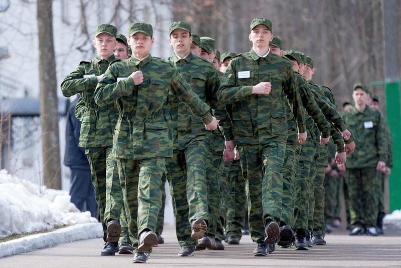 после скольки лет не берут в армию