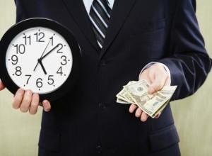 Cрок удовлетворения претензии начнет течь со дня её получения продавцом. Ответ должен быть получен через 10 календарных дней.