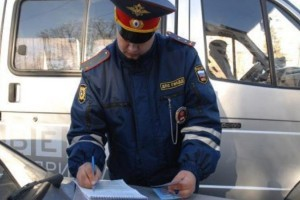 1401609204-moskovskij-policejskij-sbil-zhenshinu
